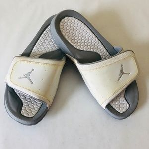 Jordan Youth Boys Grey and White Slides/ Slippers